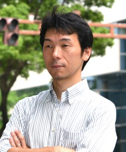 photo by masahiro kawayanagi
